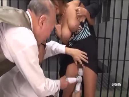 일본야동 奴隷 저세상 - www.zess1.com 【www.sexbam4.net】