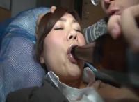 泥酔お姉さんをマンションの廊下で確保!ここぞとばかりに家に連れ込んで膣内射精!